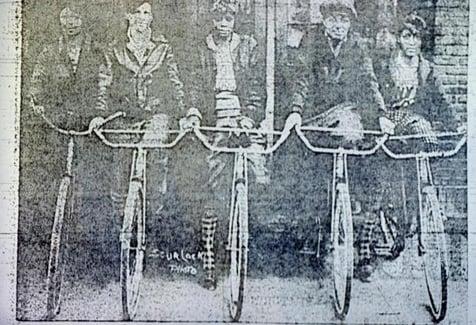 5 cyclists photo_0