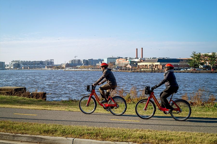 capital bikeshare adds stations in wards 7 & 8