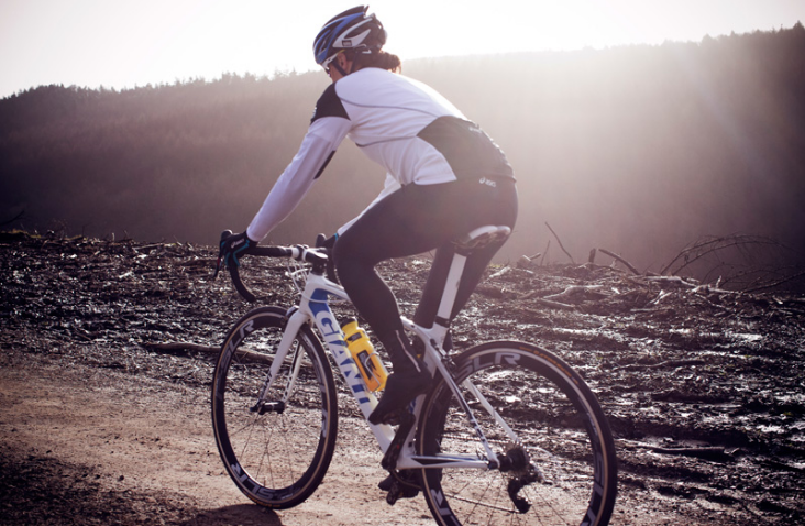 3 Easy Tips to Navigate Cold-Weather Biking